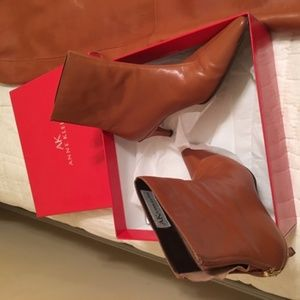 Reddish/BrownLeather Anne Klein Boots